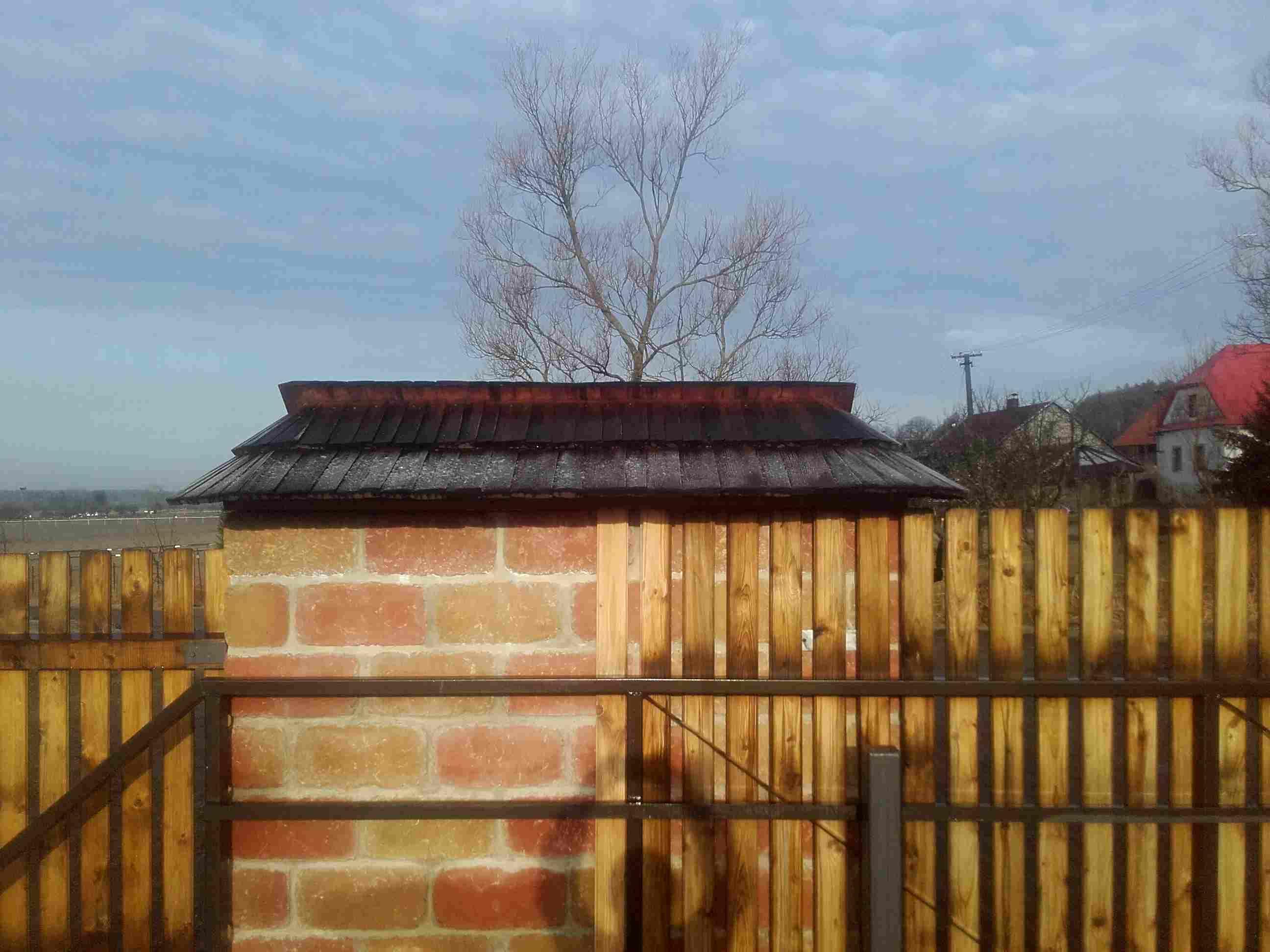 Drdlí- shingled roof